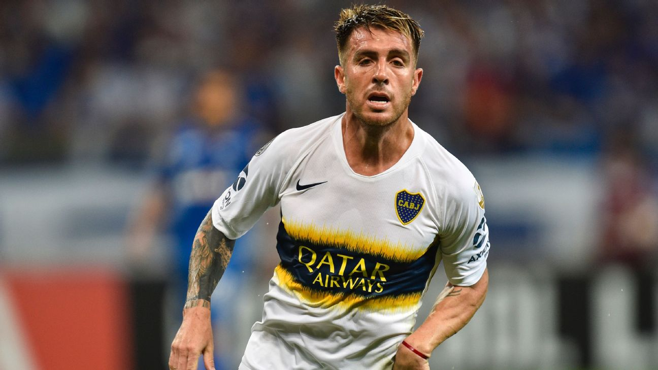 Buffarini em ação contra o Cruzeiro