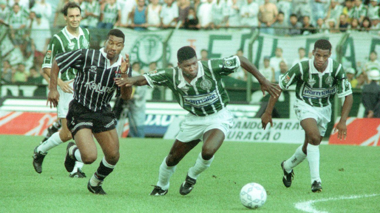 Evair, Viola, Clebão e Flávio Conceição durante a final do Brasileirão de 1994