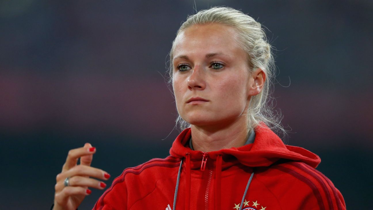 Kathleen Krüger é uma das poucas mulheres por trás da Bundesliga