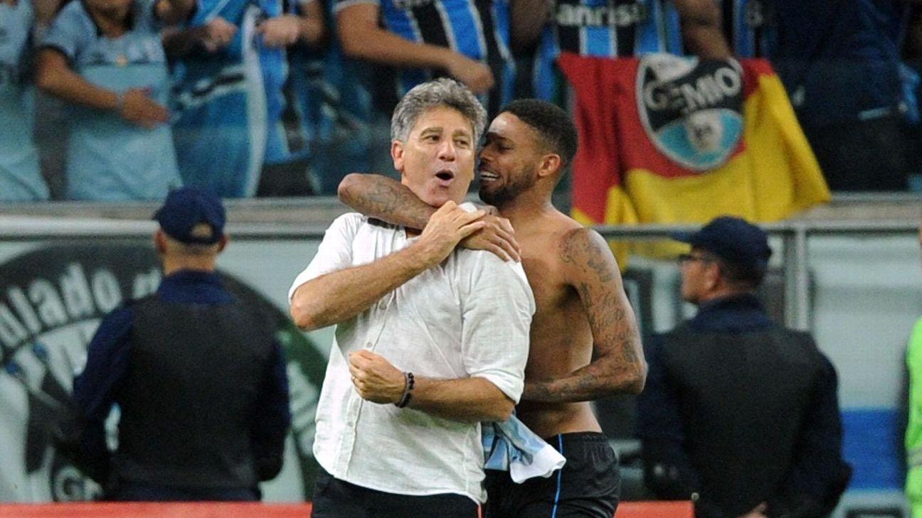 André e Renato Gaúcho comemoram título na Arena do Grêmio