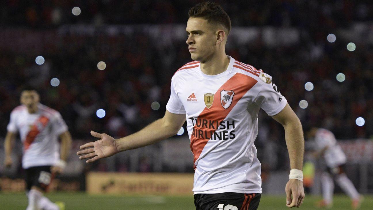 Jogadores do River Plate comemoram gol