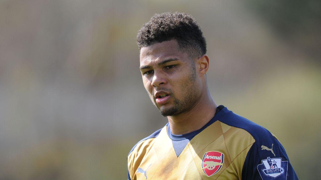 Gnabry em ação pelo Arsenal em 2016