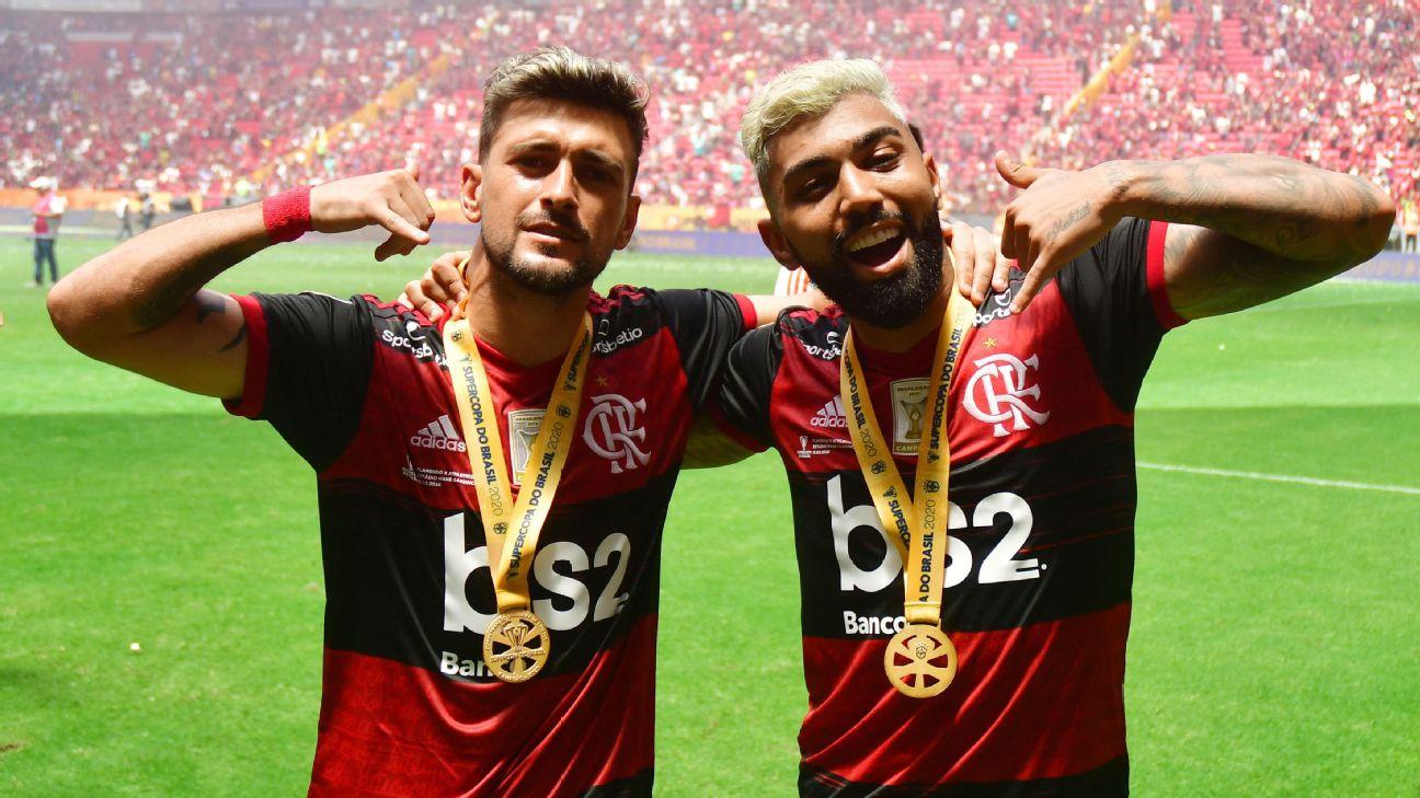 Arrascaeta e Gabigol comemoram título do Flamengo