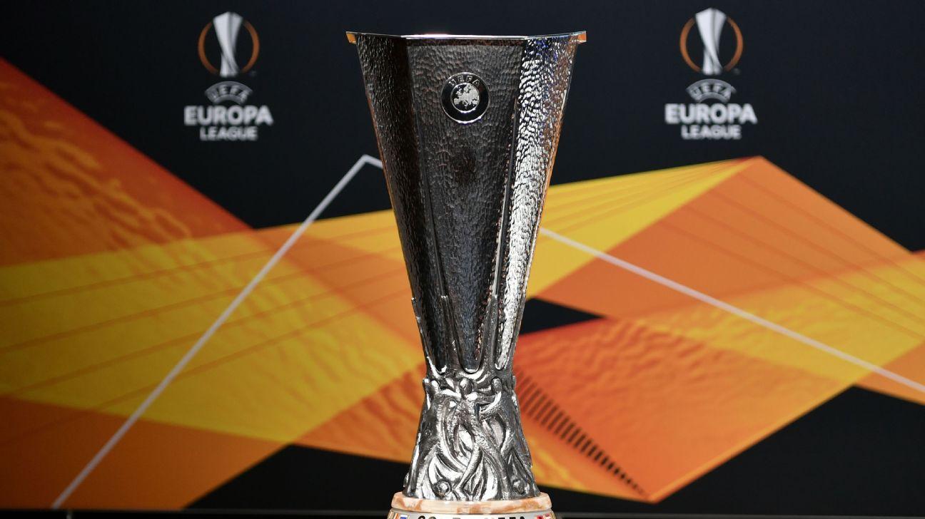 Taça da Europa League em sorteio das oitavas