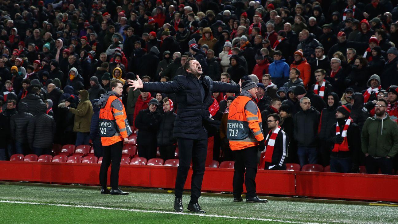Simeone comemorando a classificação do Atlético