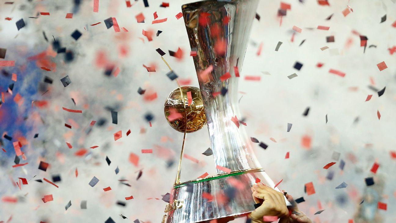 O troféu do Campeonato Brasileiro, conquistado pelo Flamengo em 2019