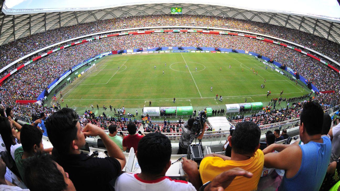 Torcida do Manaus F.C. lota a Arena da Amazônia na final da Série D do Campeonato Brasileiro de 2019