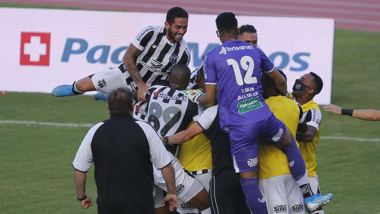 Jogadores do Ceará comemoram gol na final da Copa do Nordeste contra o Bahia
