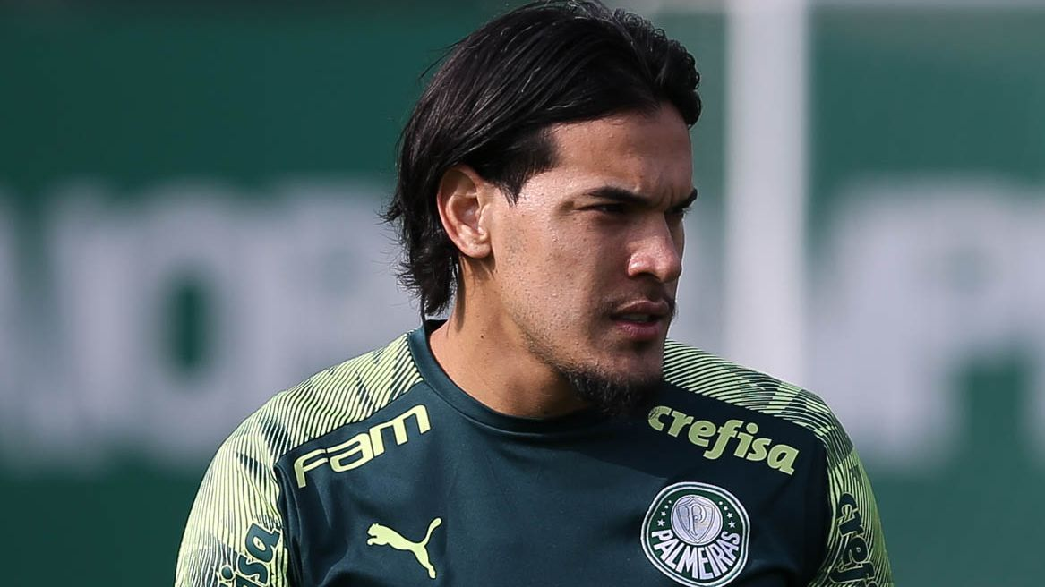 Gustavo Gómez durante treino do Palmeiras, na Academia de Futebol