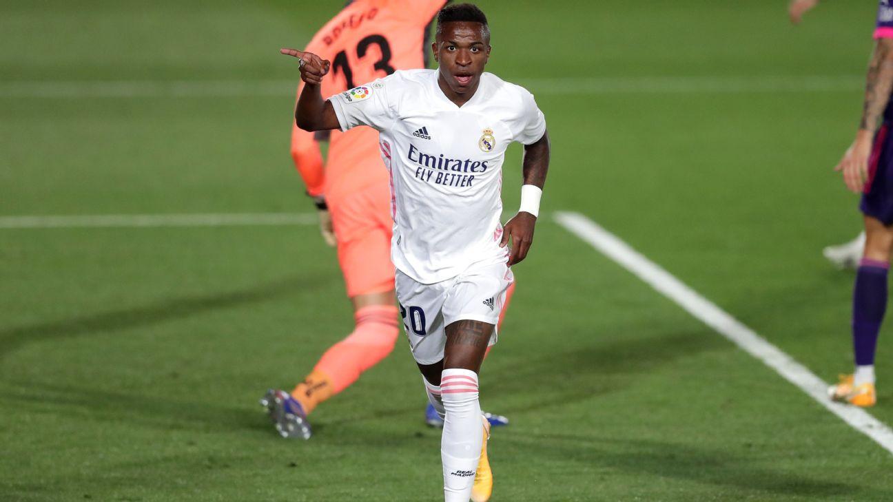 Vinicius Jr. comemora após marcar para o Real Madrid sobre o Valladolid