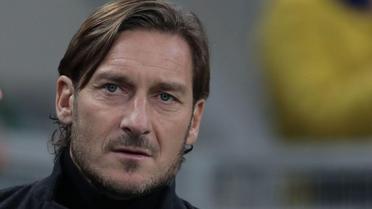 Francesco Totti é um dos maiores ídolos da Roma