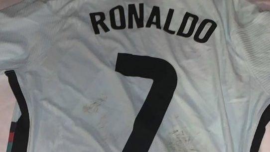 Camavinga ficou com a camisa de Cristiano Ronaldo