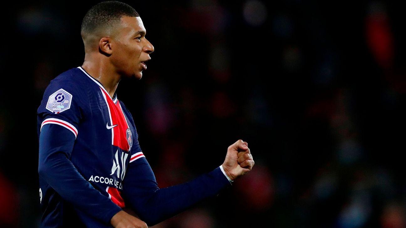 Mbappé comemora após marcar para o PSG sobre o Nimes