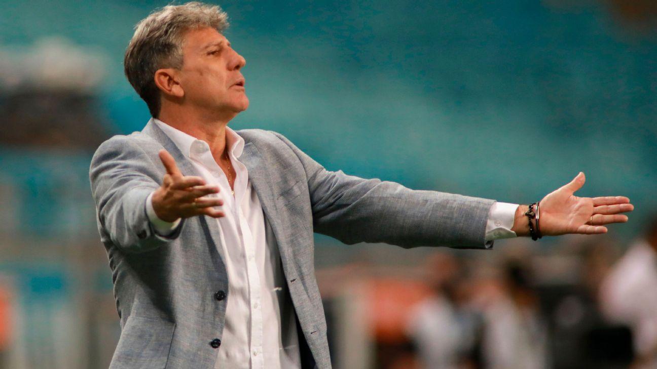 Renato Gaúcho durante jogo entre Grêmio e América de Cali
