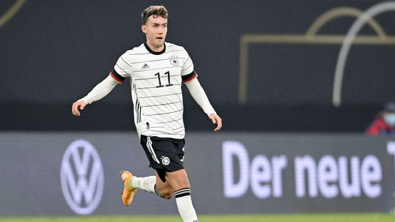 Waldschmidt marcou pela Alemanha em amistoso contra a República Tcheca