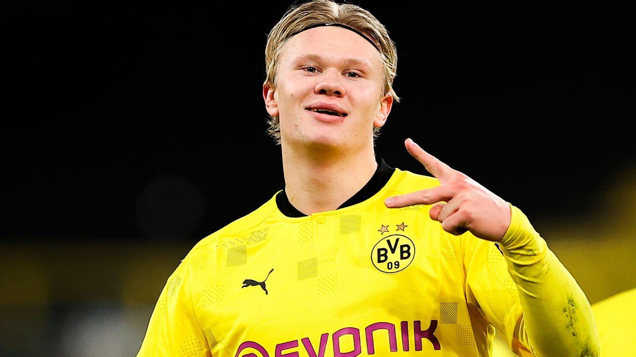 Haaland comemora após marcar para o Borussia Dortmund sobre o Club Brugge