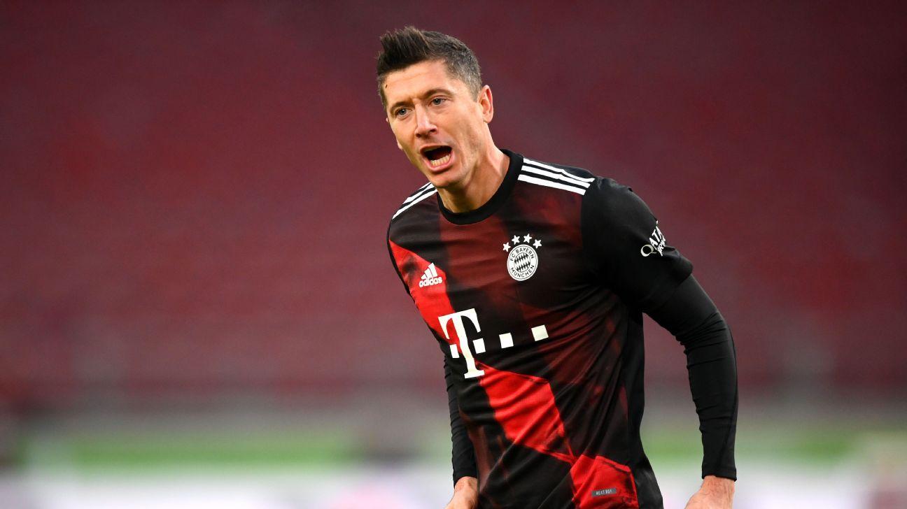 Lewandowski comemora gol pelo Bayern contra o Stuttgart
