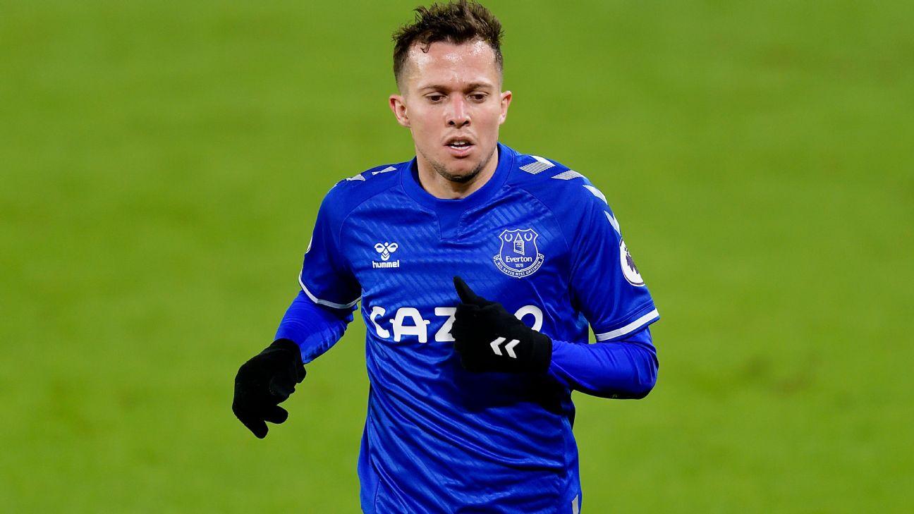 Bernard durante jogo entre Everton e Sheffield United, pela Premier League
