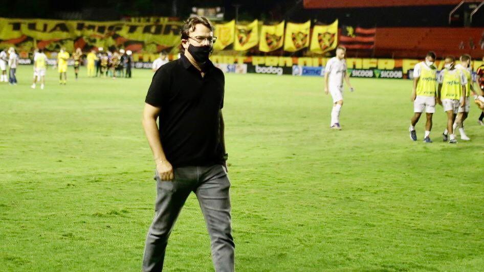 Augusto Caldas, diretor do Sport, após a partida contra o Palmerias, na Ilha do Retiro, pelo Brasileirão