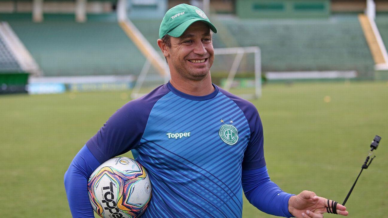 Felipe Conceição trabalhou no Guarani durante a última Série B