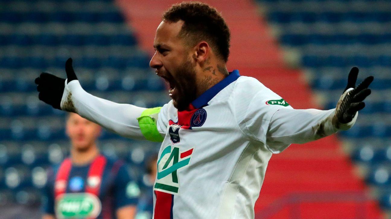 Neymar reclama durante jogo entre PSG e Caen, pela Copa da França