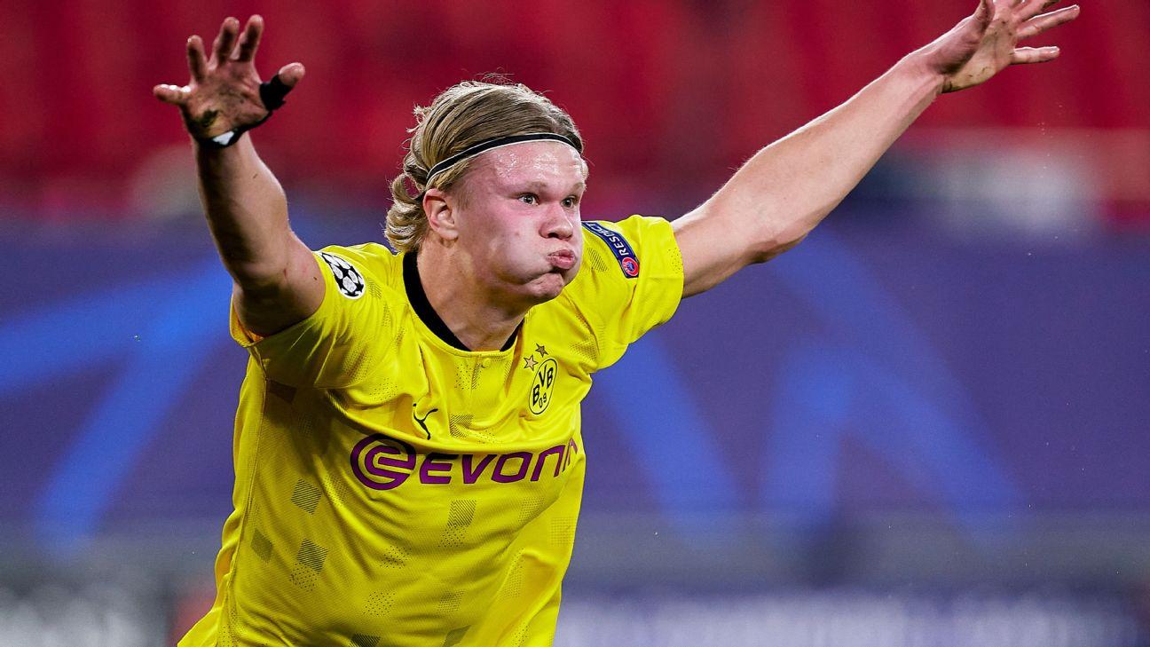 Erling Haaland comemora gol pelo Borussia Dortmund