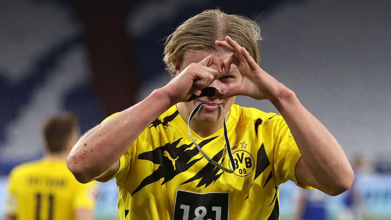 Haaland marcou duas vezes na goleada do Borussia Dortmund sobre o Schalke 04 na Bundesliga