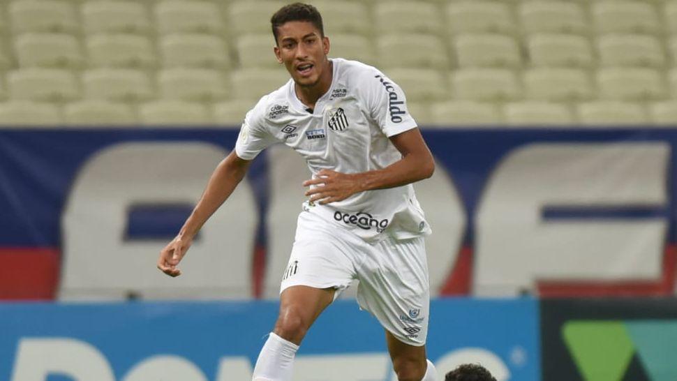 Ângelo Gabriel, jogador do Santos