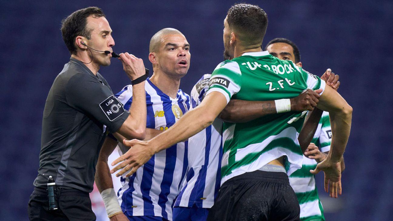 Pepe em confusão durante clássico entre Porto e Sporting