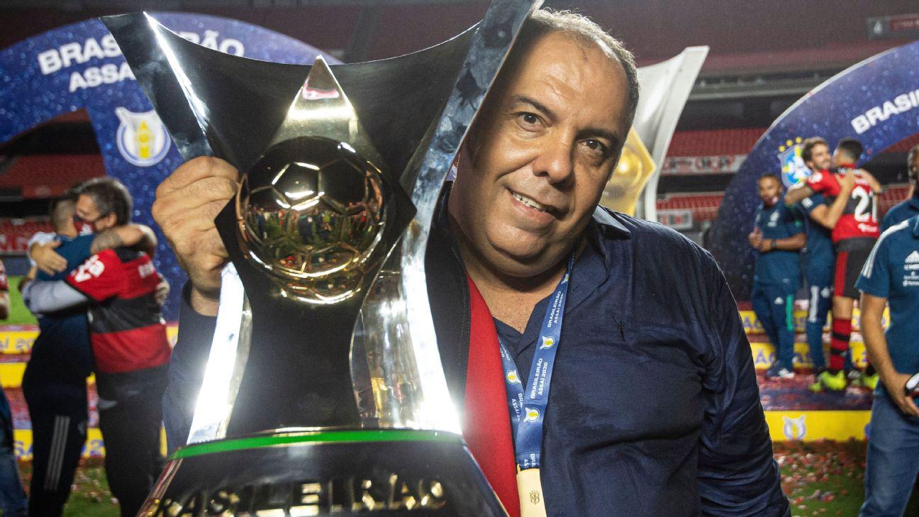 Marcos Braz comemora a conquista do Brasileirão 2020 pelo Flamengo