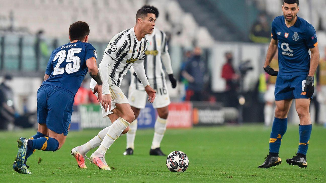 Cristiano Ronaldo durante jogo entre Juventus e Porto, pela Champions