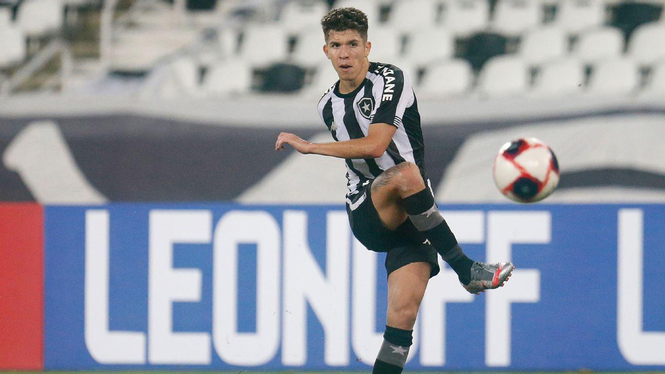 Bruno Nazário na partida entre Botafogo e Resende pelo Campeonato Carioca
