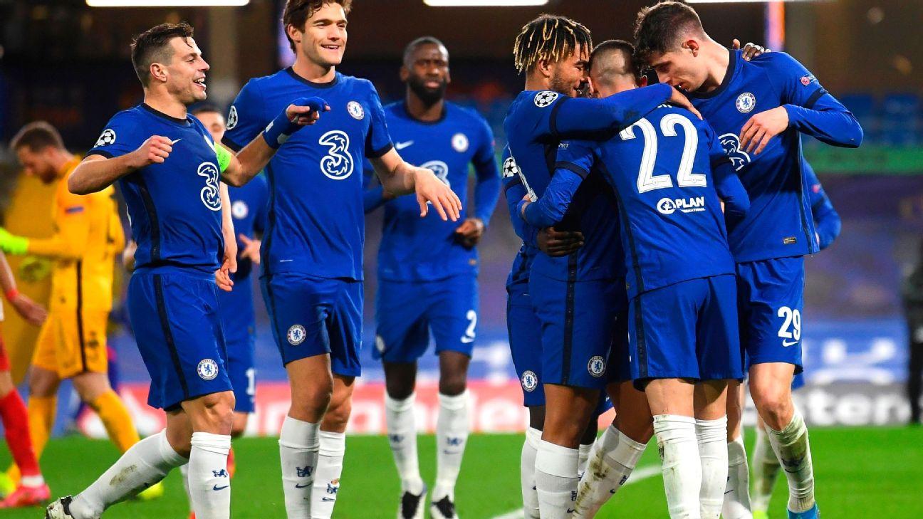 Jogadores do Chelsea comemoram gol sobre o Atlético de Madrid