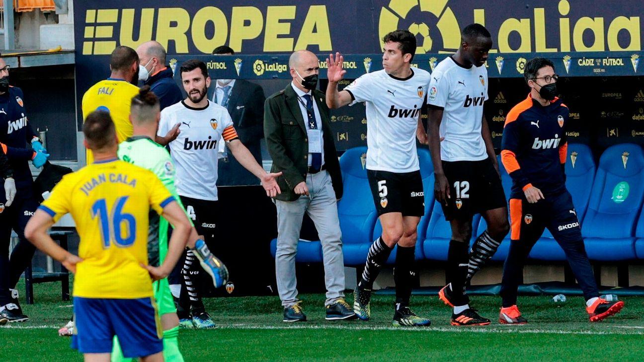 Diakhaby abandona o campo após ofensa racial em Cádiz x Valencia