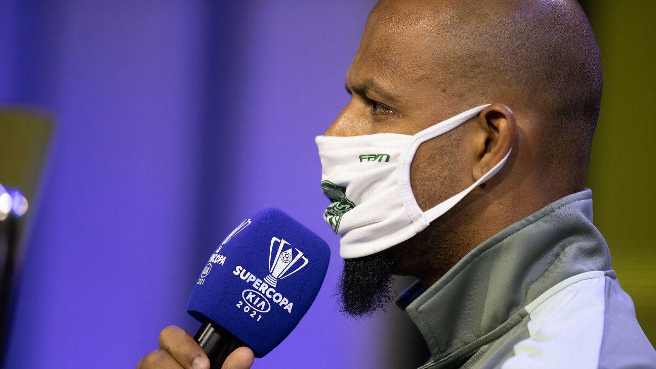Felipe Melo durante coletiva antes da Supercopa do Brasil 2021