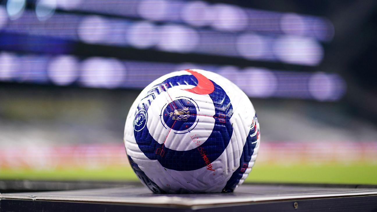 Bola usada na partida entre Tottenham e Crystal Palace, pela Premier League