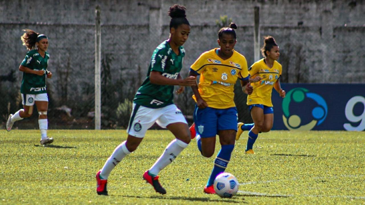 Tainara foi um dos destaques do Palmeiras na partida