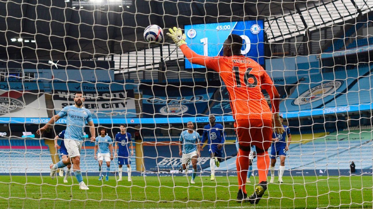 Mendy defende pênalti de Agüero durante Manchester City x Chelsea