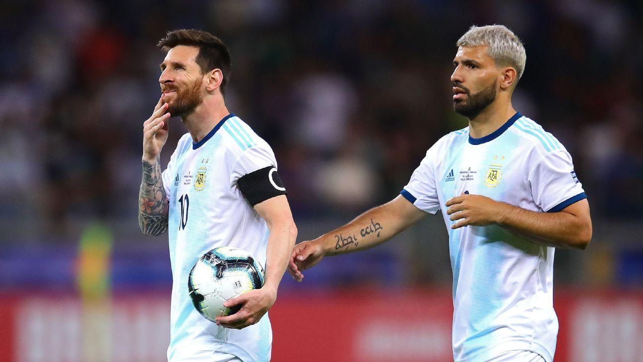 Lionel Messi e Sergio Agüero durante a disputa da Copa América 2019 no Brasil com a seleção argentina