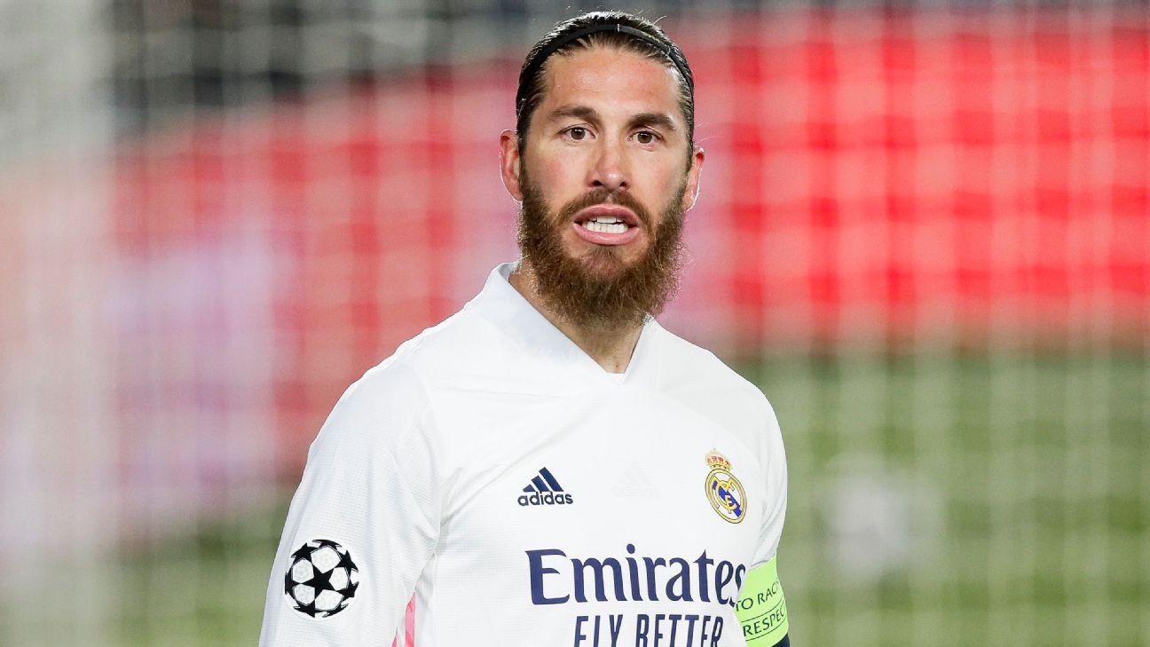 Sergio Ramos comemorando gol pelo Real Madrid contra a Atalanta, na Champions League 2020/21