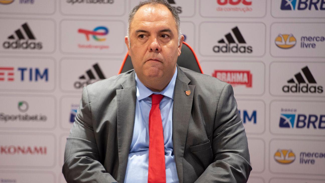 Marcos Braz em coletiva pelo Flamengo