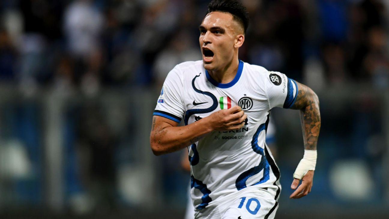Lautaro Martinez comemora gol da Inter contra o Sassuolo no Italiano