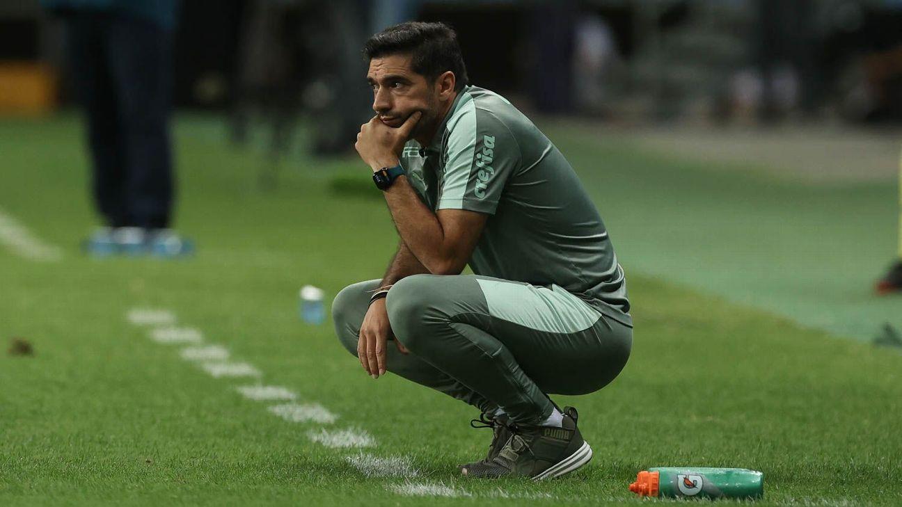 Abel Ferreira, técnico do Palmeiras, durante empate com o Bahia, na Fonte Nova, pelo Brasileirão