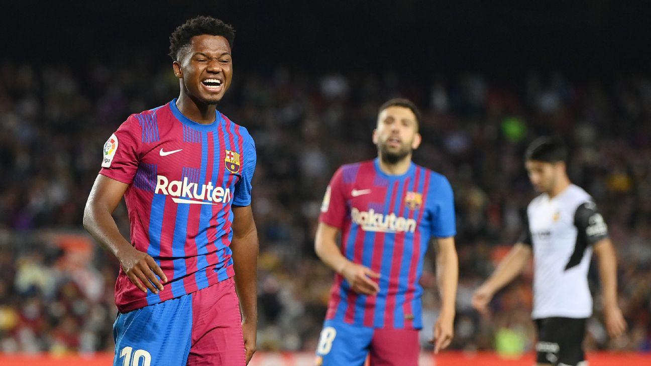 Ansu Fati comemorando gol pelo Barcelona